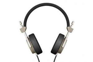 WIN: AIAIAI Headphones